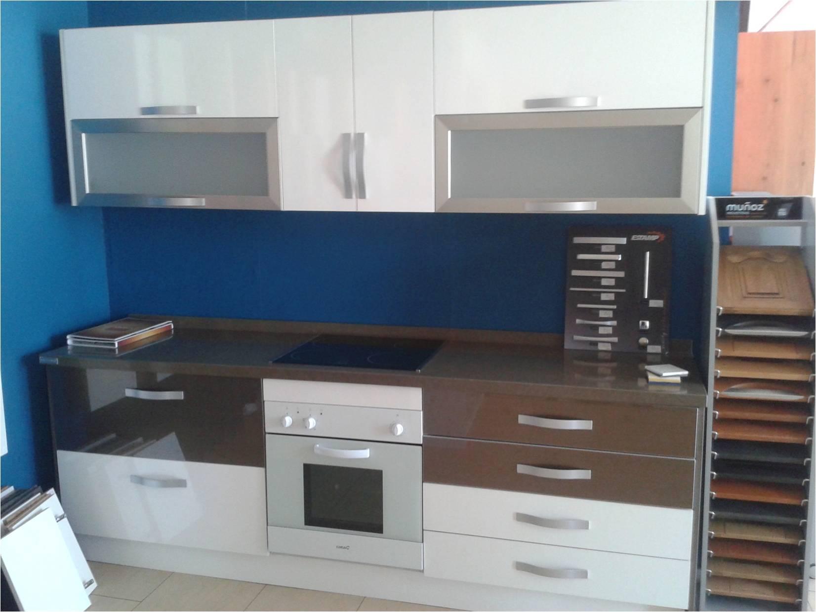 Liquidación exposiciones muebles cocina